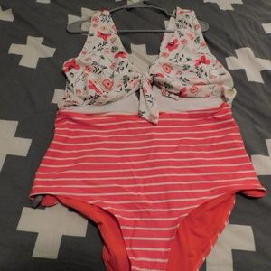 One-Piece Swimsuit with cutouts